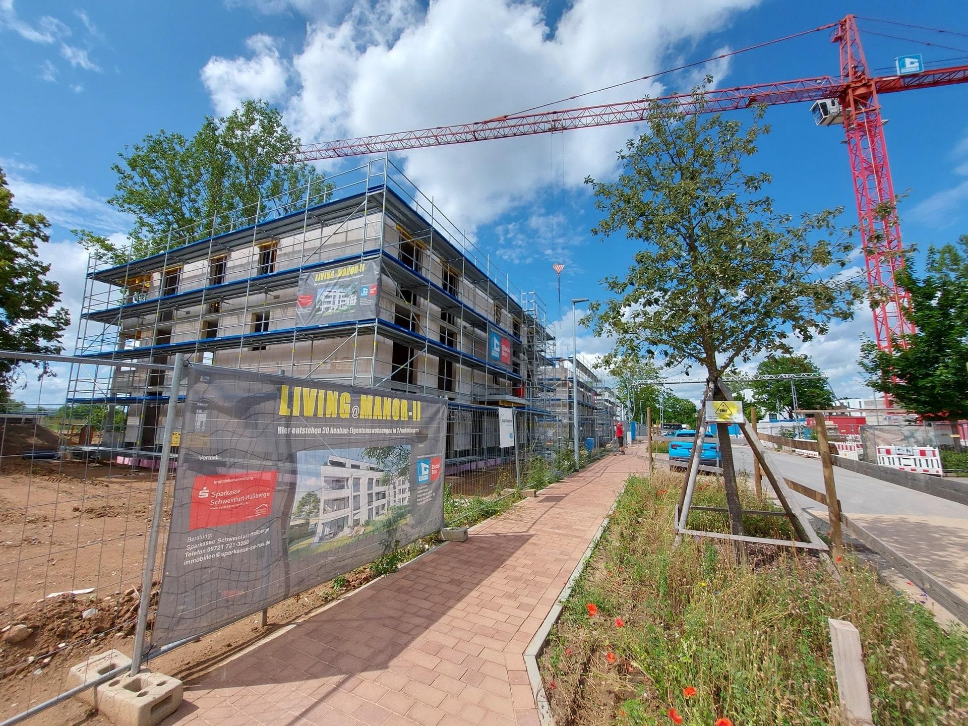 """""""Living@Manor II"""" – Auch der zweite Bauabschnitt der Punkthäuser mit 30 Eigentumswohnungen ist bereits komplett verkauft"""